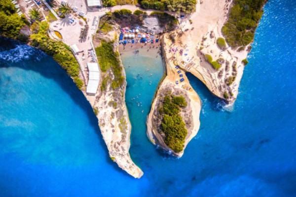 10+1 καλύτερες παραλίες του Ιονίου! Ποια έχει όνομα τυριού;