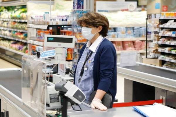 Σούπερ μάρκετ: Αλλάζει το ωράριο λειτουργίας και οι αποστάσεις - Έρχονται τα αυτόματα ταμεία