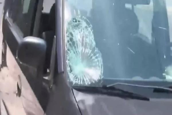 Τροχαίο-σοκ στην Πειραιώς: Αυτοκίνητο χτύπησε 12χρονο αγοράκι! «Παλεύει» διασωληνωμένο στην εντατική - Οδηγός χωρίς δίπλωμα χτύπησε 5χρονο στι Βόλο