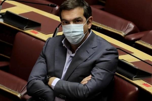 Χαμός στη Βουλή: «έκλεισαν» το στόμα του Τσίπρα – «Πάγωσαν» μέχρι και τα μικρόφωνα