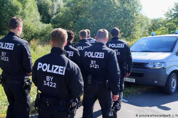 Συναγερμός στη Γερμανία: Επίθεση με μαχαίρι με τρεις νεκρούς και έξι τραυματίες!