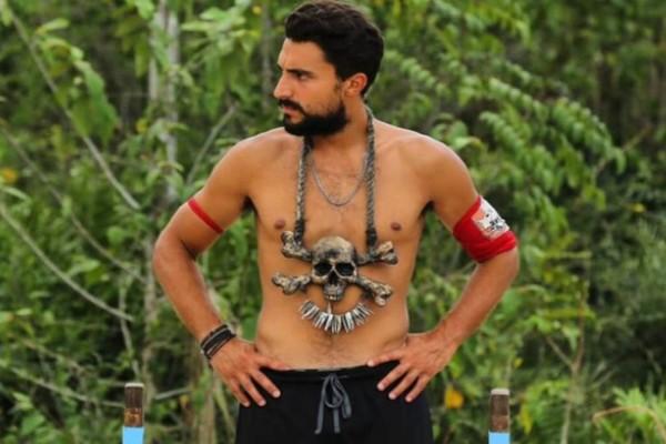 Survivor spoiler: Ποια Μαριαλένα; Βυθισμένος στα χρέη ο Σάκης Κατσούλης - Μπήκε στο Survivor και έλυσε τα χέρια του!