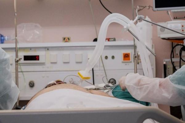 Πάτρα: Θρίλερ με την υγεία 27χρονης που διασωληνώθηκε μετά τον εμβολιασμό της με Johnson & Johnson!