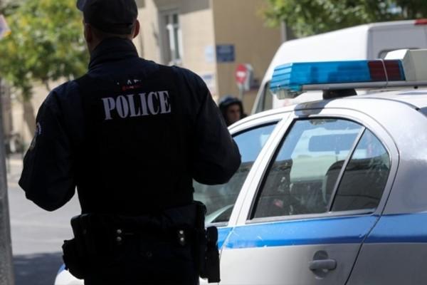 Θεσσαλονίκη: Αστυνομικοί πέρασαν τον στόκο για κοκαΐνη και προχώρησαν σε συλλήψεις