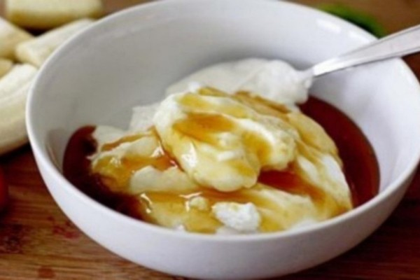 Δίαιτα: Χάστε 7 κιλά μέσα σε 10 ημέρες με γιαούρτι και μέλι
