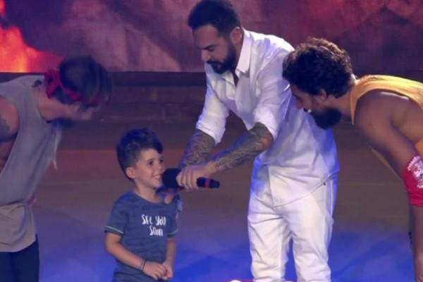 Survivor 4: Ο Τριαντάφυλλος τραγούδησε μαζί με τον κούκλο γιο του!