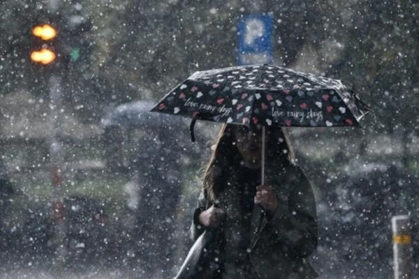 Έκτακτο δελτίο επιδείνωσης καιρού: Πού θα σημειωθούν βροχές