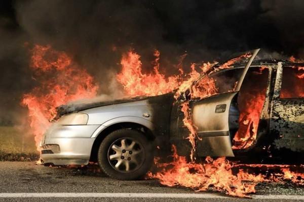 Φωτιά σε αυτοκίνητο στο Χαϊδάρι