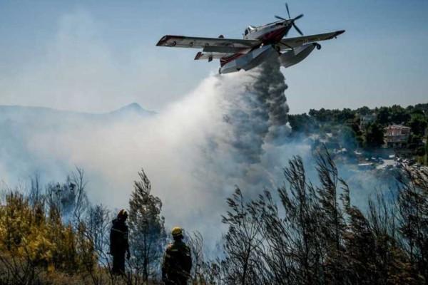 Κόλαση στην χώρα: Τεράστια μάχη με τις φλόγες στα πύρινα μέτωπα - «Καμπανάκι» και για την Κυριακή (11/7) σε πολλές περιοχές