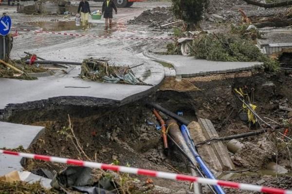 Τραγωδία στη Γερμανία: Τουλάχιστον 133 οι νεκροί από τις πλημμύρες - Η μεγαλύτερη καταστροφή από τον Β' Παγκόσμιο (Video)