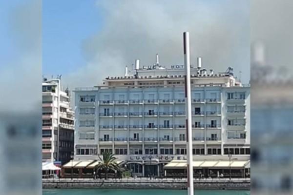 Τεράστια φωτιά και στην Χαλκίδα: Μεγάλοι καπνοί έχουν σκεπάσει το κέντρο της πόλης!