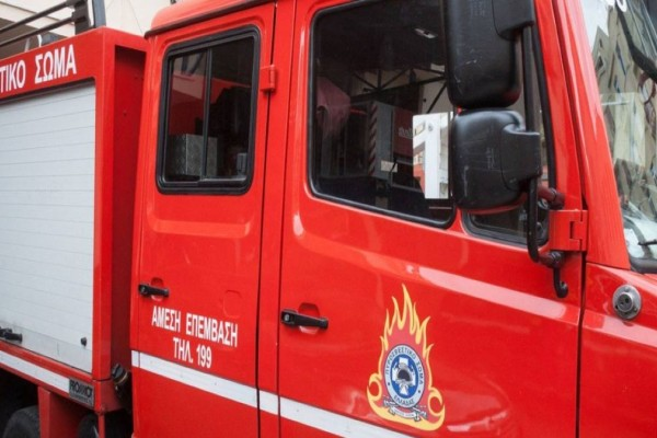 Φωτιά στον ΗΣΑΠ μεταξύ Πειραιά και Φαλήρου - Σταμάτησαν τα δρομολόγια