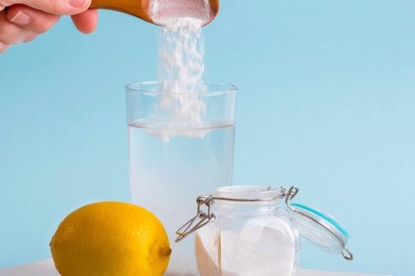 3+1 θεραπείες με μαγειρική σόδα και λεμόνι