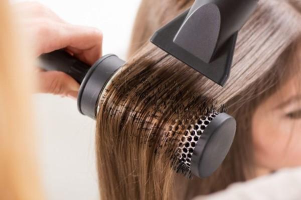 Μαλλί κομμωτηρίου: Εύκολοι τρόποι για να κάνετε τα μαλλιά σας υπέροχα!
