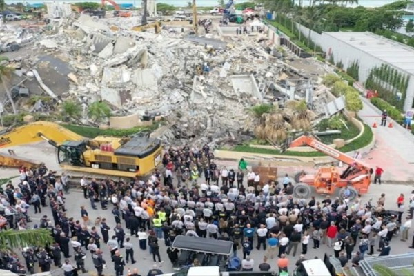 Κατάρρευση κτιρίου στο Μαϊάμι: Στους 54 οι νεκροί - Τέλος οι έρευνες για επιζώντες στα χαλάσματα