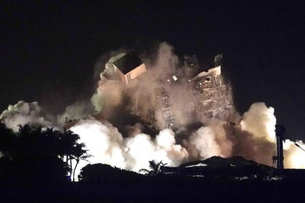 Κατεδαφίστηκε το υπόλοιπο τμήμα του κτιρίου στο Μαϊαμι - Στους 24 οι νεκροί και 121 αγνοούμενοι