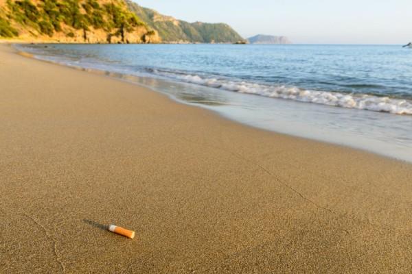 Άλιμος: To πρώτο υπαίθριο στέγαστρο ειδικά για καπνιστές είναι γεγονός!