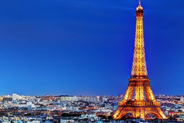 Πύργος του Άιφελ: Ανοίγει ξανά για το κοινό μετά από εννέα μήνες