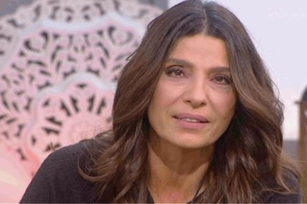 Πόπη Τσαπανίδου: Ο χαμός του συζύγου ενώ ήταν έγκυος, τα παιδιά που μεγάλωσε μόνη και γιατί δε ξαναπαντρεύτηκε