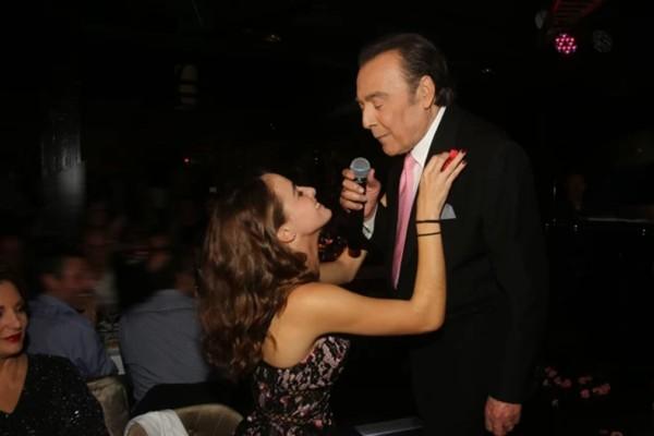 Τόλης Βοσκόπουλος: Όταν τραγούδησε με την κόρη του Μαρία επί σκηνής