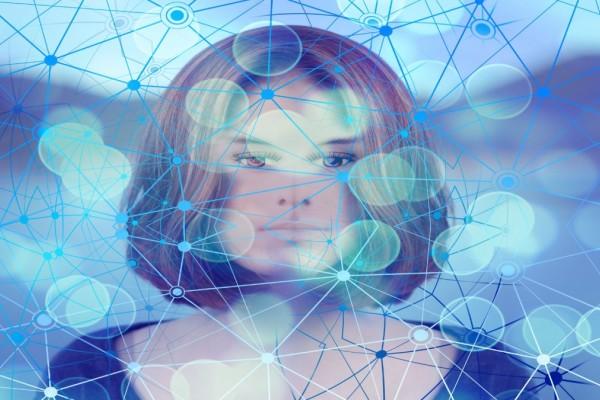 Άνδρας «μίλησε» με τη νεκρή αρραβωνιαστικιά του μέσω τεχνητής νοημοσύνης