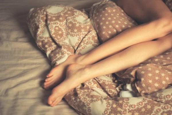 Απίστευτο: Δείτε τι συμβαίνει στο σώμα μας κάθε φορά που κοιμόμαστε γυμvοί