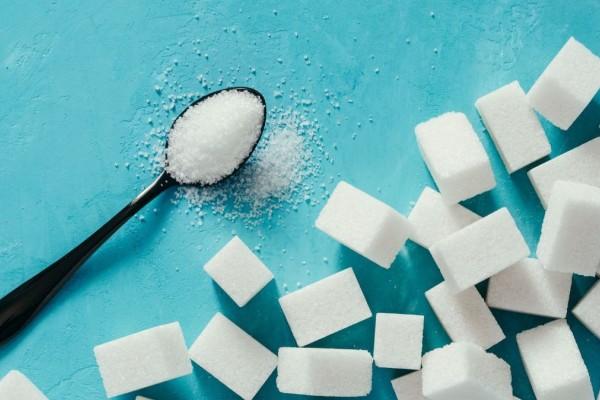 Αν δείτε τι κάνει η ζάχαρη πάνω στο σώμα σας δε θα ξαναφάτε - Ο κίνδυνος του καρκίνου