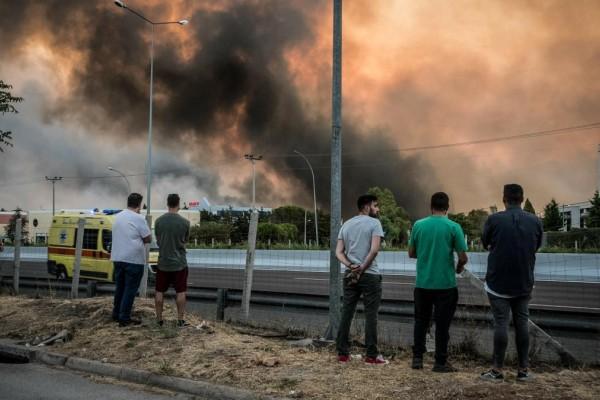Φωτιά: Άνοιξε η Εθνική Οδός Αθηνών – Λαμίας