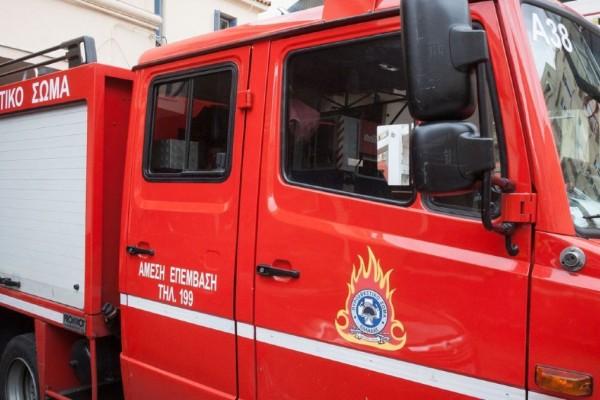 Φωτιά στην Ιεράπετρα, κοντά στον οικισμό Επισκοπή