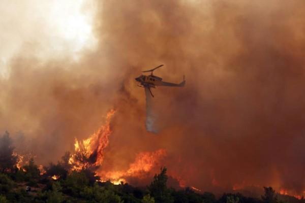 Φωτιά στα Βίλια: Σε ύφεση το μέτωπο - Ποιες περιοχές βρίσκονται σε πολύ υψηλό κίνδυνο για πυρκαγιά