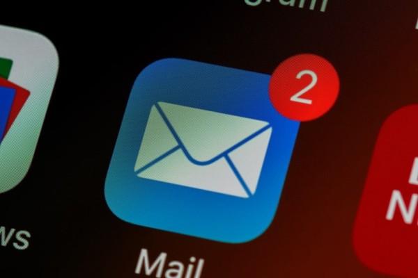 Νέα απάτη: «Εισβάλουν» στο email σας και σας κλέβουν τα χρήματα