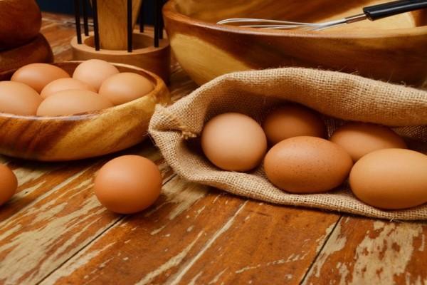 4+1 εναλλακτικές που θα αντικαταστήσουν τα αυγά στις συνταγές σου