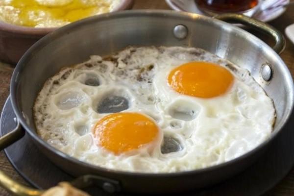 Αυγά: Μην κάνετε αυτό το λάθος στο μαγείρεμα - Ο υγιεινός τρόπος να τρώτε