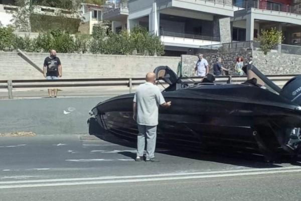 Απίστευτες εικόνες στη Χαλκίδα: Του έφυγε το τρέιλερ με το σκάφος στον δρόμο