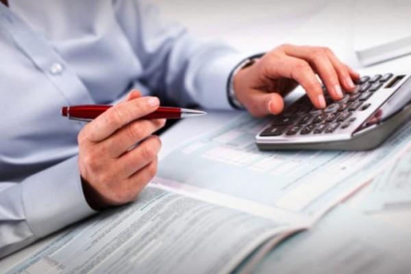 Φορολογικές δηλώσεις 2021: Τότε λήγει η προθεσμία - Τα πρόστιμα και ποιοι πρέπει να περάσουν από την Εφορία