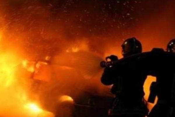 Στις φλόγες τυλίχθηκε αυτοκίνητο στην Εθνική Οδό Κορίνθου - Τριπόλεως