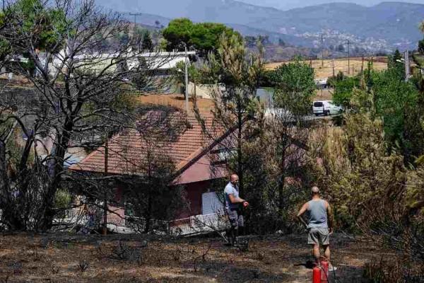 Πυρκαγιές στην Ελλάδα: Αυτοί οι εργαζόμενοι παίρνουν μέχρι 718 ευρώ - Οι κατηγορίες πυρόπληκτων που θα αποζημιωθούν