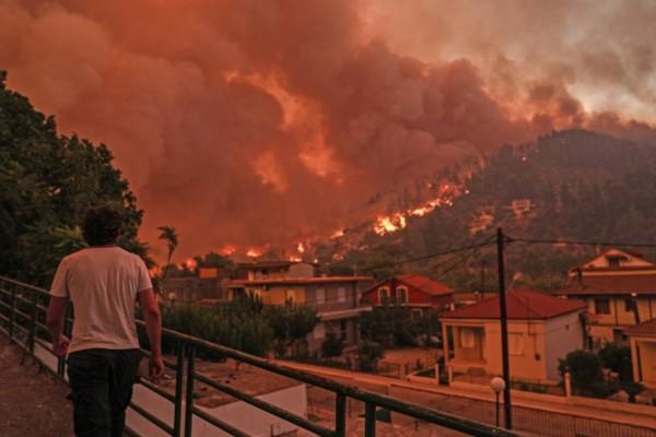 Πυρκαγιές στην Ελλάδα: Αυτοί οι κάτοικοι αποζημιώνονται άμεσα - Το πλήρες πακέτο και η αγωνία για το πύρινο μέτωπο
