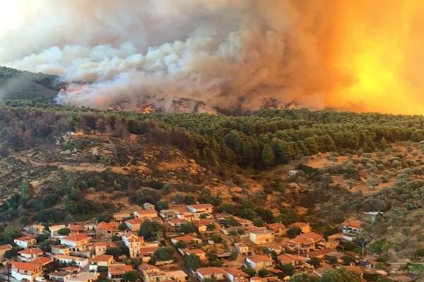 Ξέφυγε η φωτιά στην Εύβοια - Στον Δήμο Ιστιαίας Αιδηψού οι φλόγες - Εισήγηση για εκκένωση σε Μαντούδι και Κυμάσι