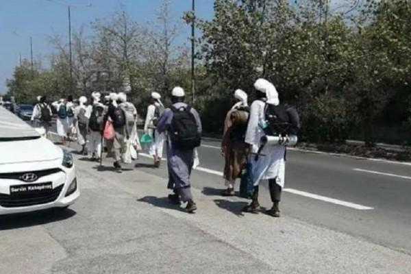 Πανικός στην Καλαμάτα: Πέρασαν μουσουλμάνους τουρίστες για... Ταλιμπάν!