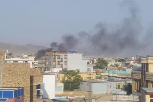Έκρηξη στην Καμπούλ: «Επιχείρηση των ΗΠΑ κατά του ISIS-K» - Ταλιμπάν στους δρόμους κοντά στο αεροδρόμιο