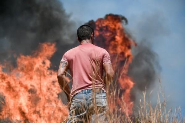 Υψηλός κίνδυνος πυρκαγιάς σε πέντε περιοχές και την Τρίτη