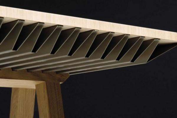 Τέρμα το κλιματιστικό - Δείτε πώς ένα τραπέζι δροσίζει το σπίτι δίχως να κάψετε ρεύμα!