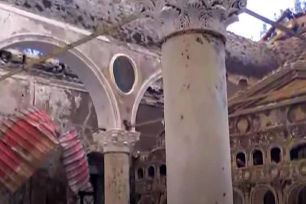 Φωτιά στην Εύβοια: Παραδόθηκε στις φλόγες η Εκκλησία των Αγίων Ταξιαρχών (Video)