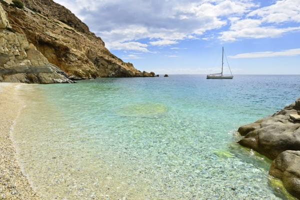 Αυτή είναι η πιο εξωτική παραλία του Αιγαίου! Έχετε πάει;