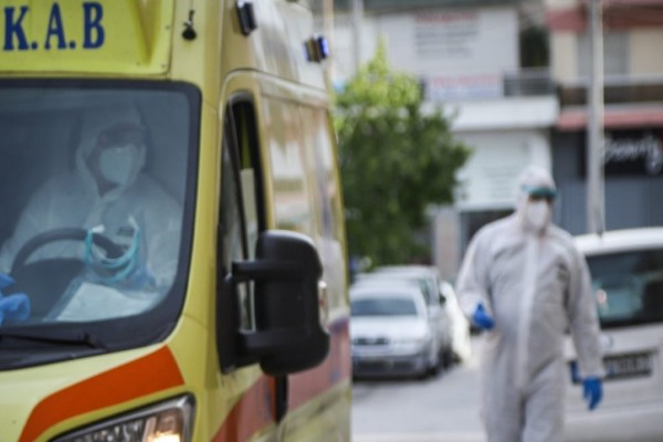 Πάτρα: Με πνευμονική εμβολή ένας 19χρονος – Δεν είχε εμβολιαστεί