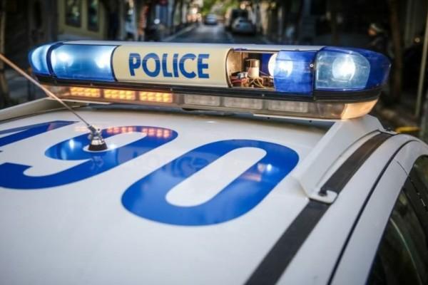Θρίλερ στα Γιαννιτσά: Σύλληψη 62χρονου που κατέβηκε από το διαμέρισμά του με μαχαίρια για να διώξει παιδιά από πάρκο