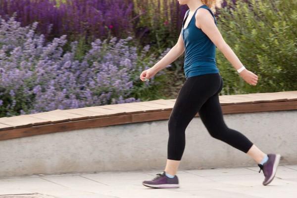 Δείτε πόσα χιλιόμετρα πρέπει να περπατάτε καθημερινά για να χάσετε 5 κιλά μόλις σε 1 μήνα, χωρίς καθόλου δίαιτα!