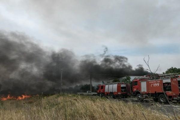 Φωτιά στην Ηλεία: Εκτροπή πυροσβεστικού με τραυματία στο Κολίρι