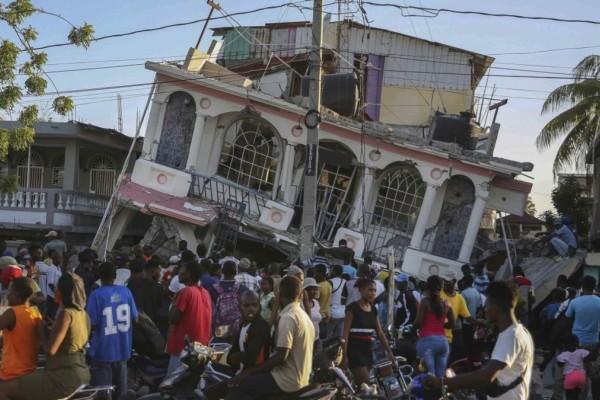 Φονικός σεισμός στην Αϊτή: Στους 2.189 οι νεκροί